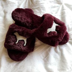 Pink Fluffy slip on slippers (plum)